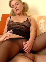 Sultry chick practicing her skills to fuck without taking off her pantyhose
