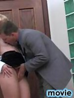 Pantyhosed secretary having chance to satisfy her boss during lunch break